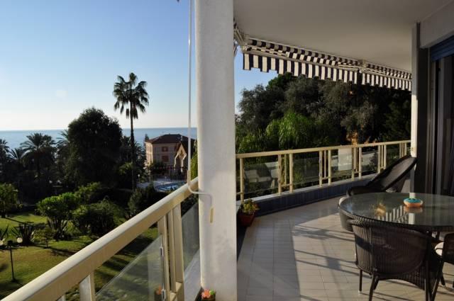 Appartamento in Vendita a San Remo Centro: 5 locali, 176 mq