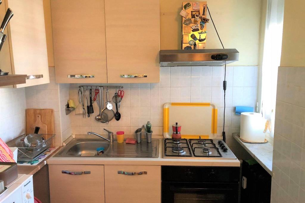 Appartamento in buone condizioni in affitto Rif. 8730940