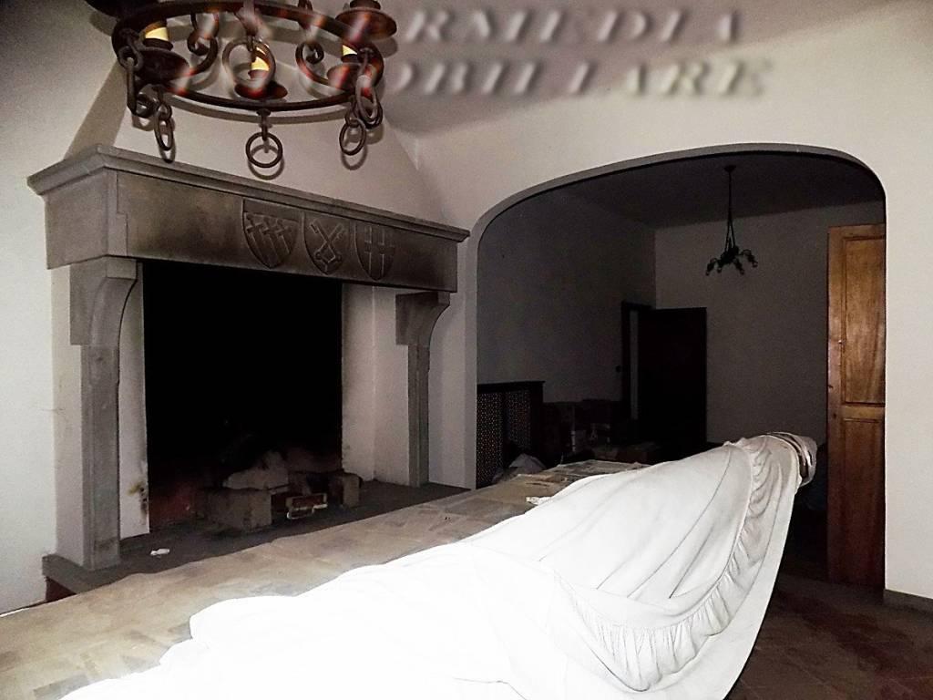 Appartamento in vendita a Figline e Incisa Valdarno, 6 locali, prezzo € 160.000 | PortaleAgenzieImmobiliari.it