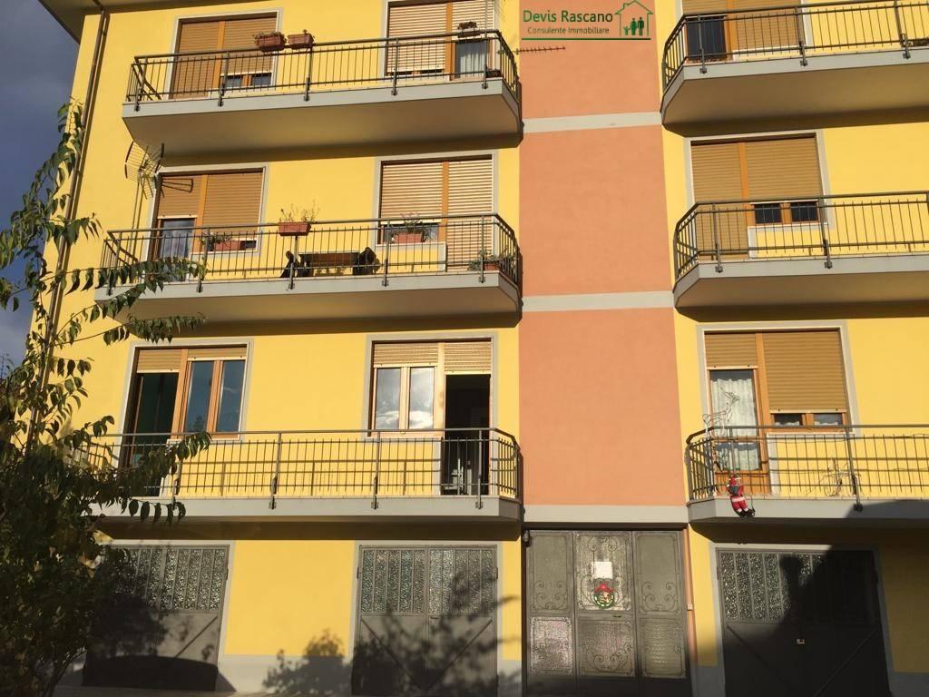 Appartamento in buone condizioni in affitto Rif. 8734416