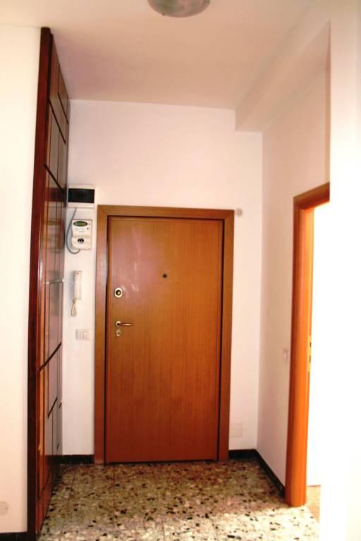 Appartamento in ottime condizioni arredato in vendita Rif. 8732629