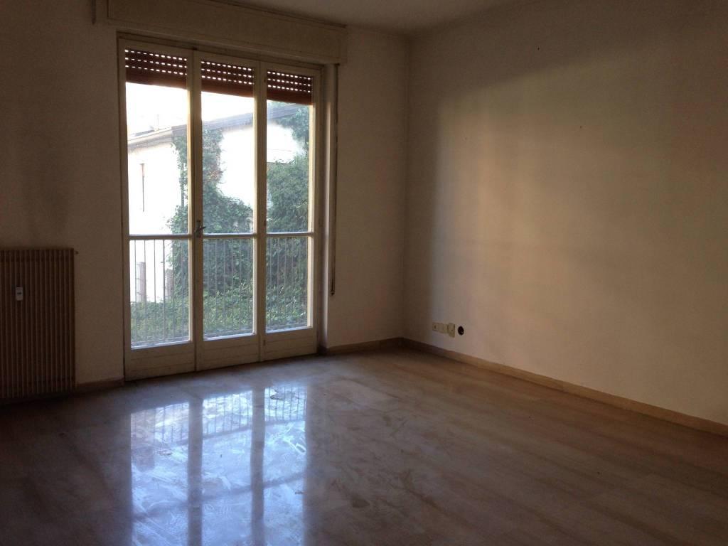 Appartamento da ristrutturare in vendita Rif. 8730580