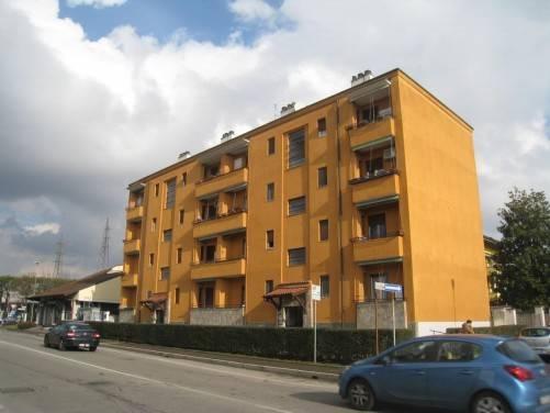 Appartamento in buone condizioni in vendita Rif. 8737151