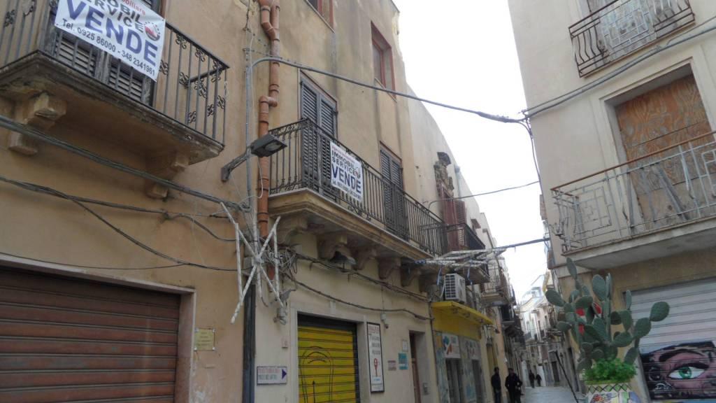 Appartamento in Vendita a Mazara Del Vallo: 3 locali, 100 mq