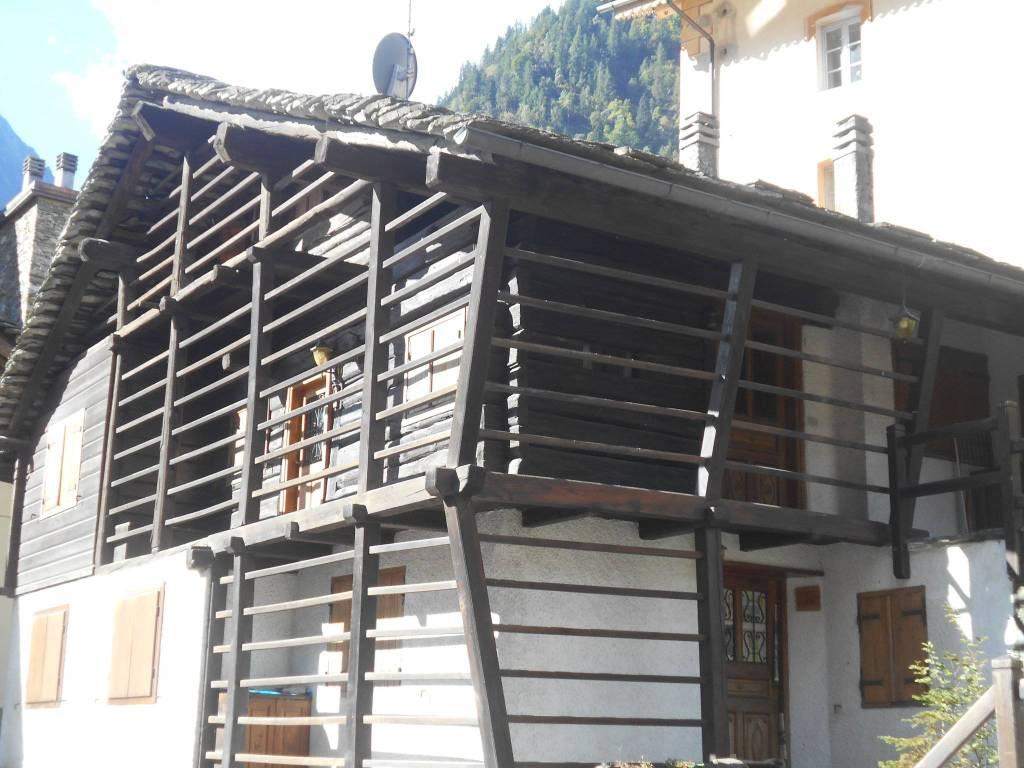 Rustico / Casale in buone condizioni arredato in vendita Rif. 8734418