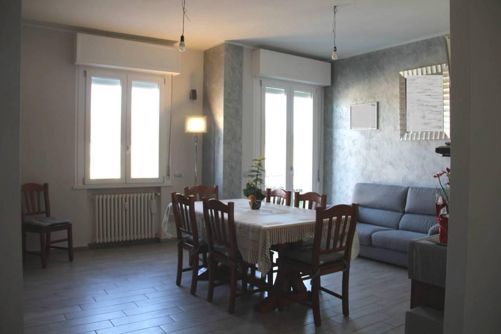 Appartamento in Vendita a Savignano Sul Rubicone Centro: 5 locali, 120 mq