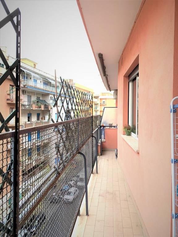 Appartamento in vendita a Roma, 3 locali, zona Zona: 16 . Appia nuova - Alberone - Colli Albani, prezzo € 349.000 | CambioCasa.it