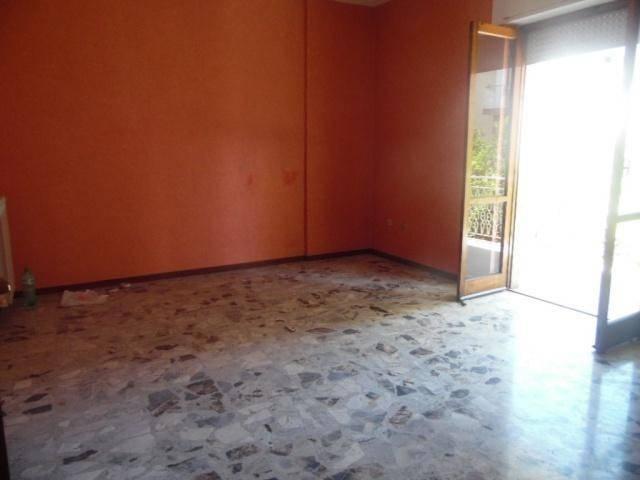 Appartamento in buone condizioni in affitto Rif. 9087622