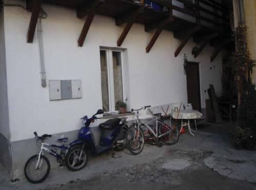 Appartamento da ristrutturare in vendita Rif. 8665484