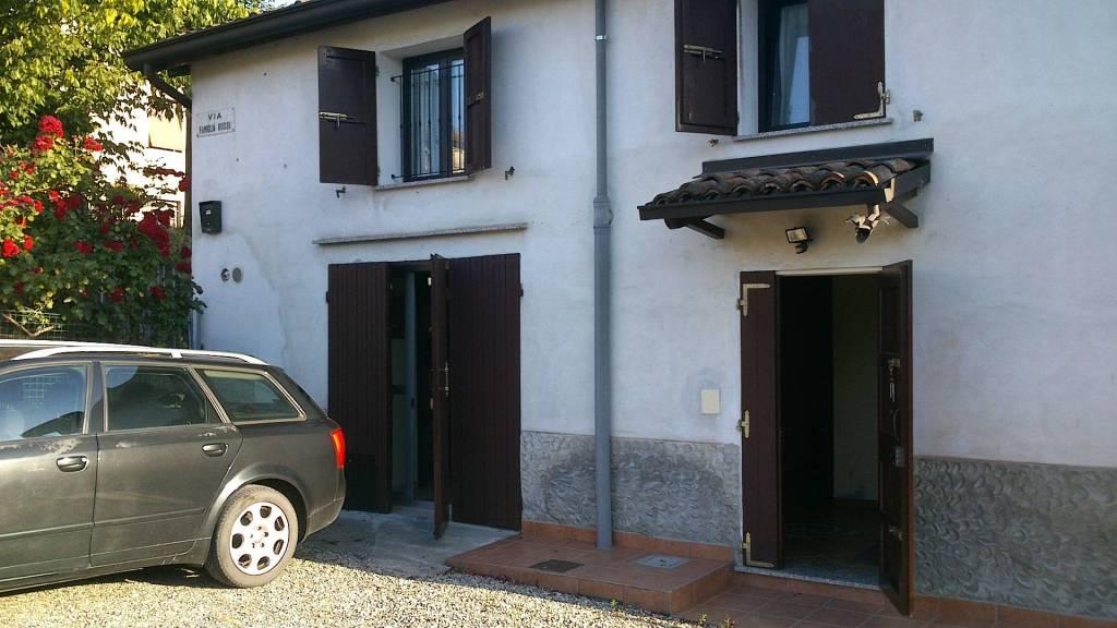 Casa Indipendente in buone condizioni arredato in vendita Rif. 8746532