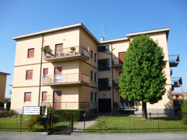 Appartamento in ottime condizioni arredato in vendita Rif. 8744635