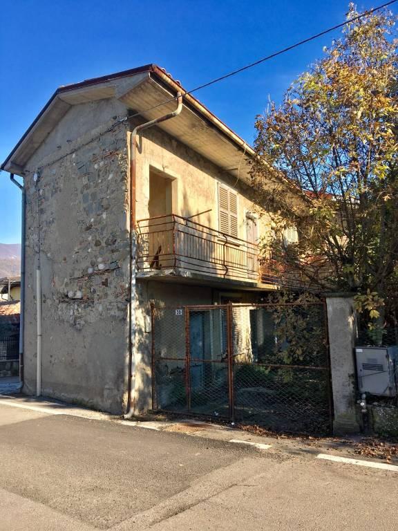 Rustico / Casale in vendita a Paratico, 7 locali, prezzo € 118.000 | PortaleAgenzieImmobiliari.it
