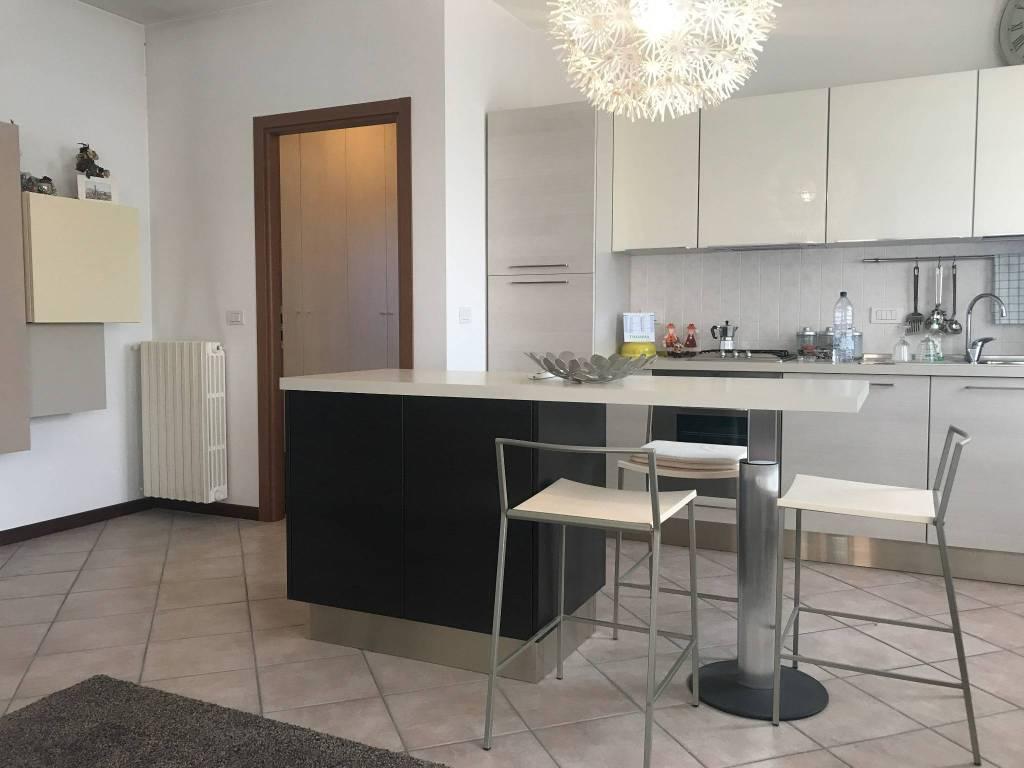 Appartamento arredato in affitto Rif. 9274122