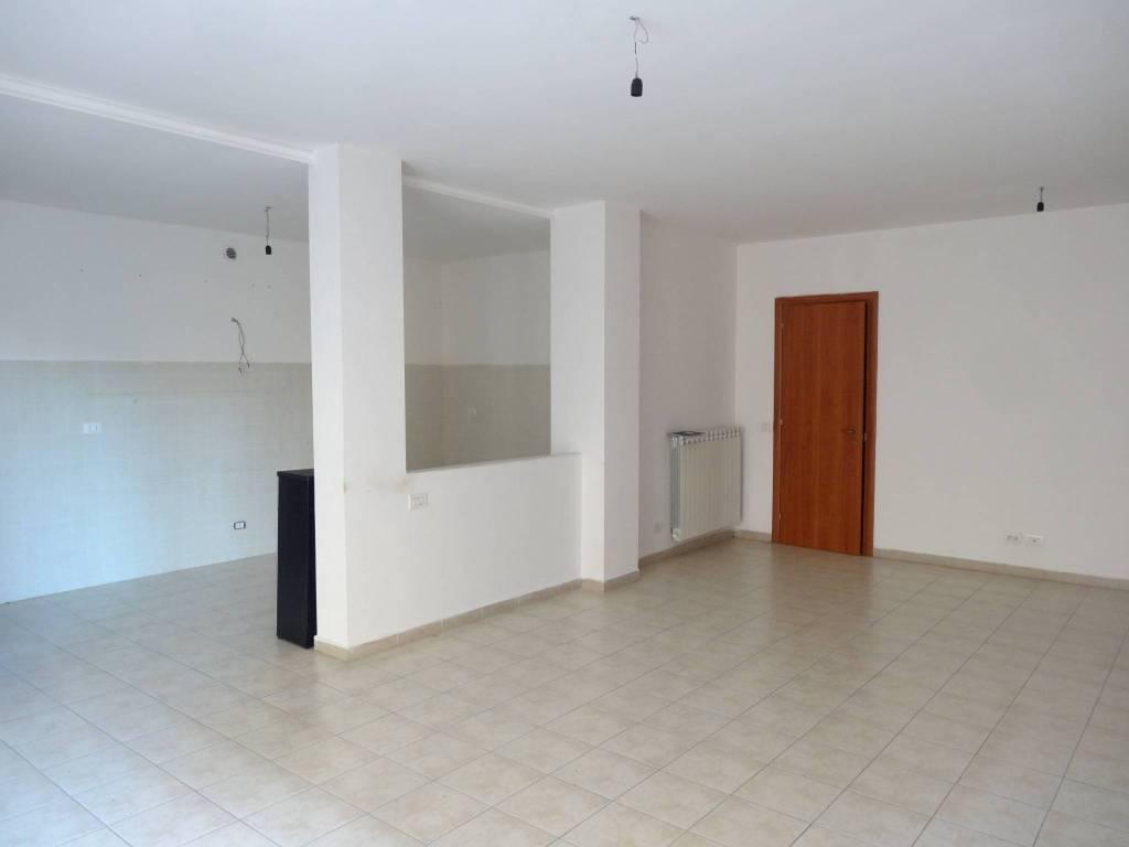 Appartamento in ottime condizioni in vendita Rif. 8732190
