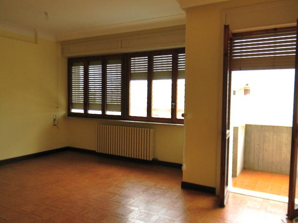 Appartamento in ottime condizioni in affitto Rif. 8744044