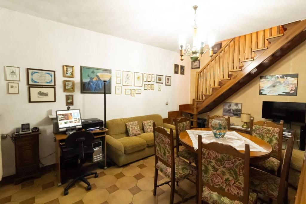Casa Indipendente in buone condizioni parzialmente arredato in vendita Rif. 8745714