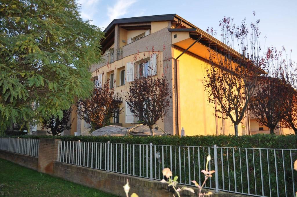 Appartamento in ottime condizioni in vendita Rif. 8746922