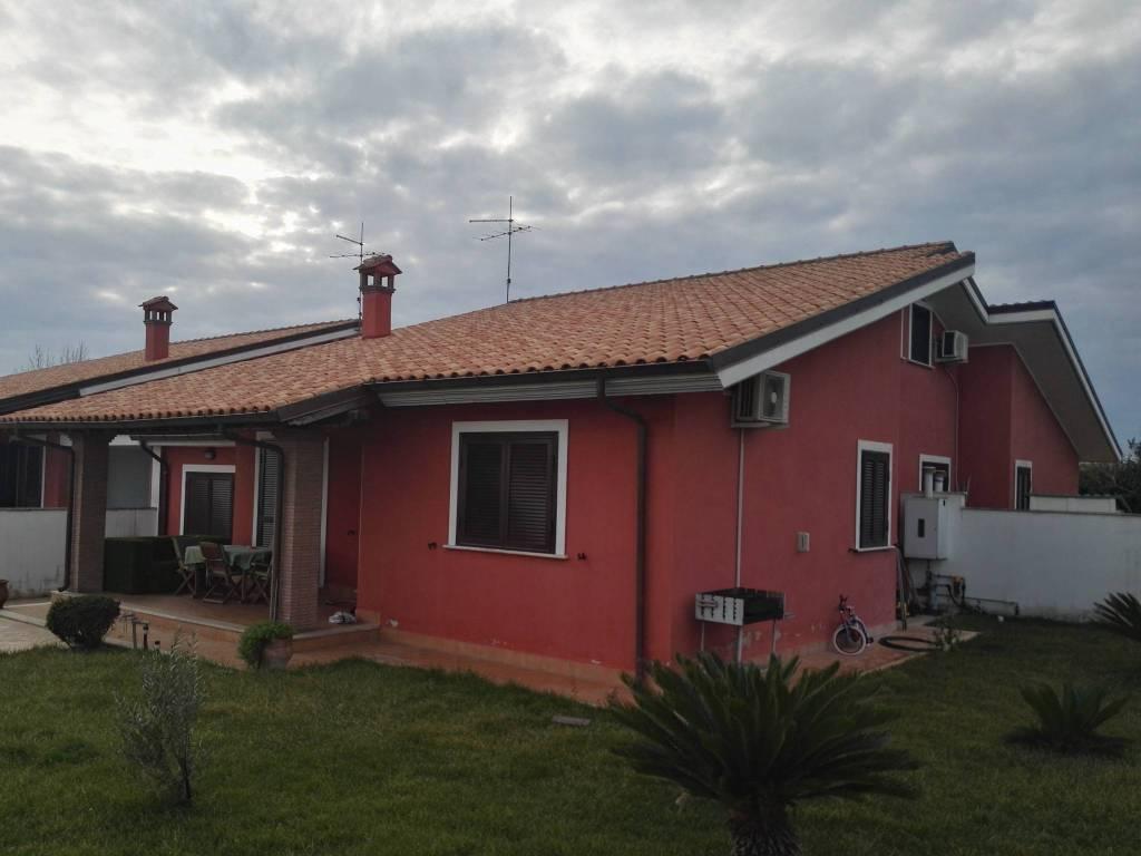 Villa in vendita a Anzio, 3 locali, prezzo € 179.000 | CambioCasa.it