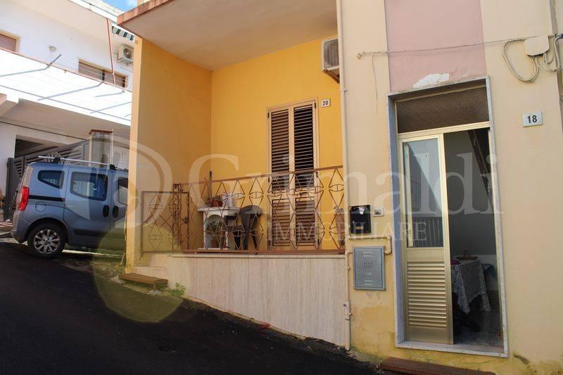 Appartamento in Vendita a Sannicola Centro: 3 locali, 85 mq