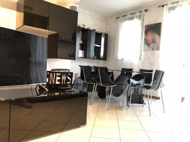 Appartamento in ottime condizioni in vendita Rif. 8757515
