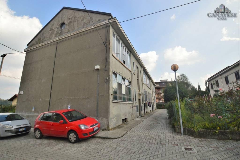 Appartamento in buone condizioni in vendita Rif. 8760248