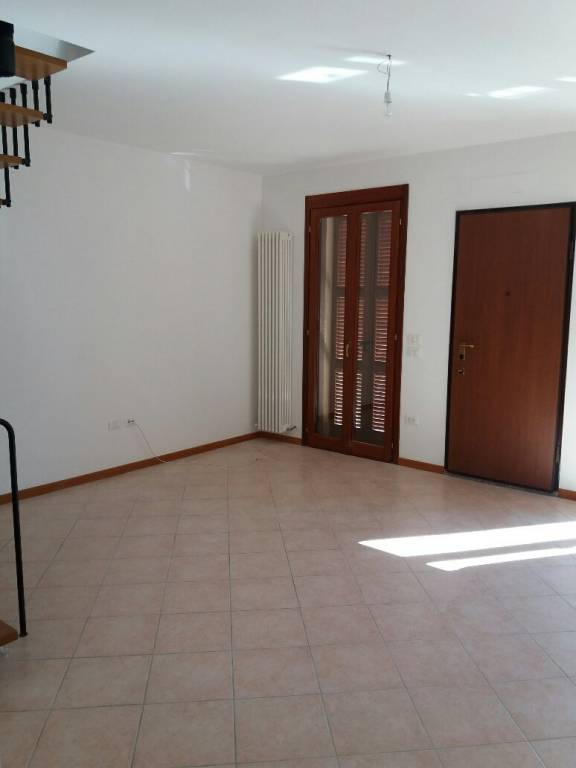 Attico / Mansarda in ottime condizioni in affitto Rif. 8760884