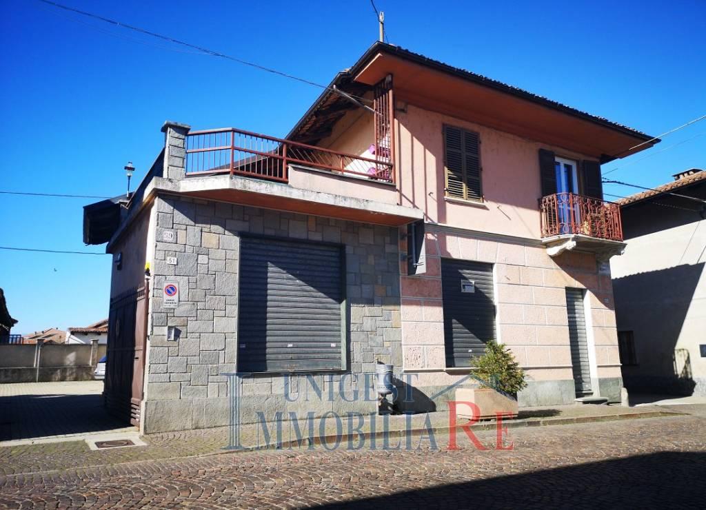 Foto 1 di Palazzo / Stabile via Torino 51, Casalgrasso