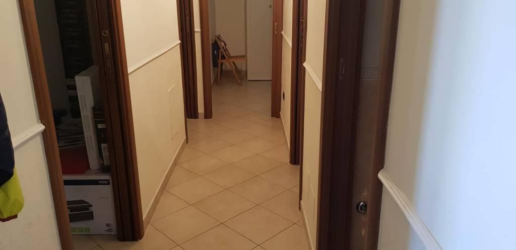 Appartamento in ottime condizioni in vendita Rif. 7856684