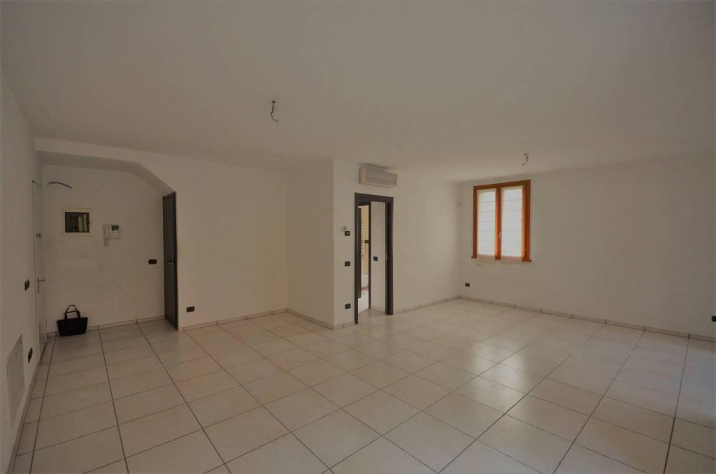 Appartamento in vendita Rif. 8758640
