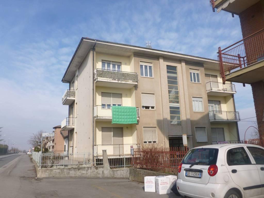 Appartamento in buone condizioni in vendita Rif. 8297320