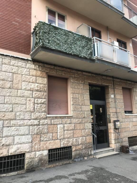 Appartamento in buone condizioni in vendita Rif. 8759840
