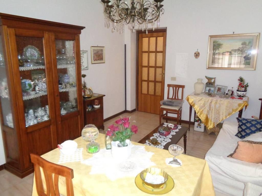 Appartamento in Vendita a Cagliari: 3 locali, 90 mq