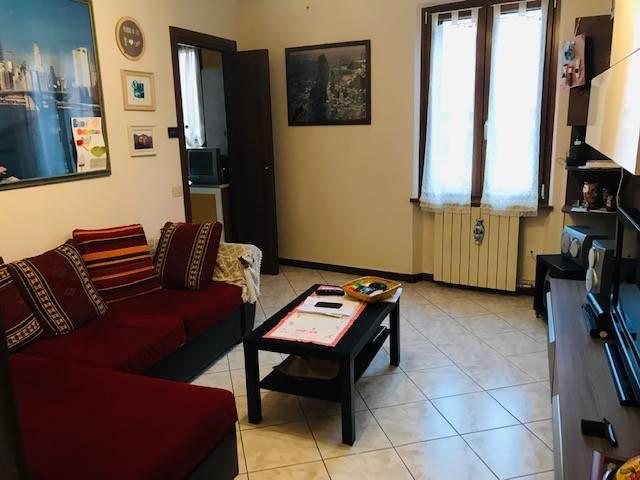 Appartamento in vendita a Olgiate Comasco, 3 locali, prezzo € 93.000 | CambioCasa.it