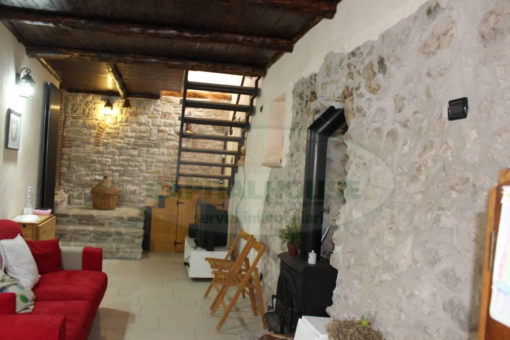 Villa in ottime condizioni in vendita Rif. 8756678