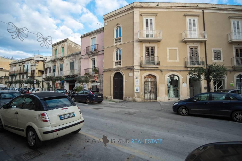 Ortigia Via Savoia, basso commerciale a reddito in vendita Rif. 8757918