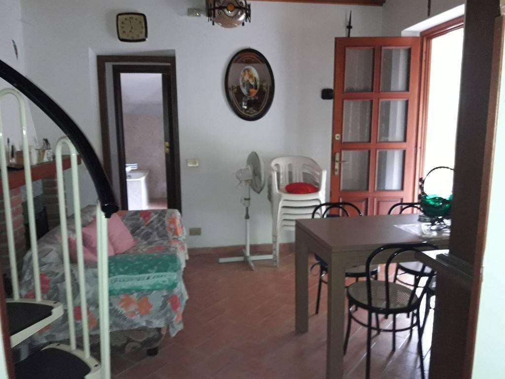 Villa in vendita a Broni, 2 locali, prezzo € 55.000   CambioCasa.it