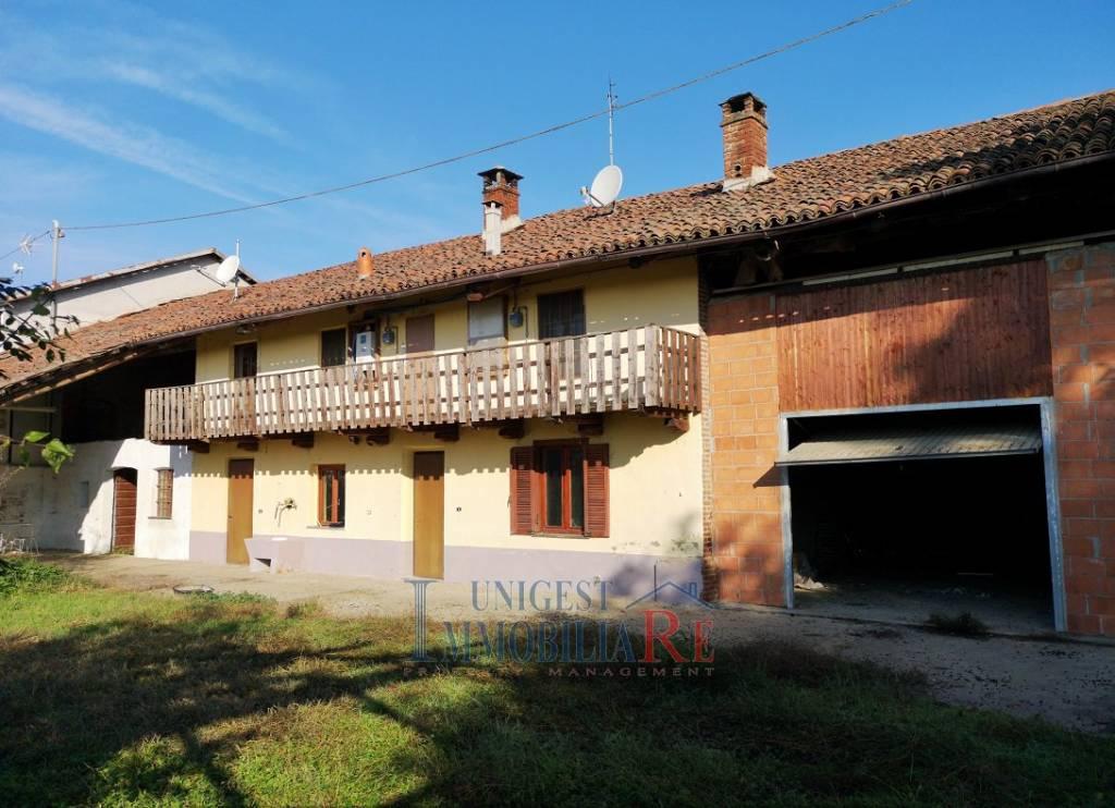 Rustico / Casale in vendita a Villafranca Piemonte, 8 locali, prezzo € 114.000   PortaleAgenzieImmobiliari.it