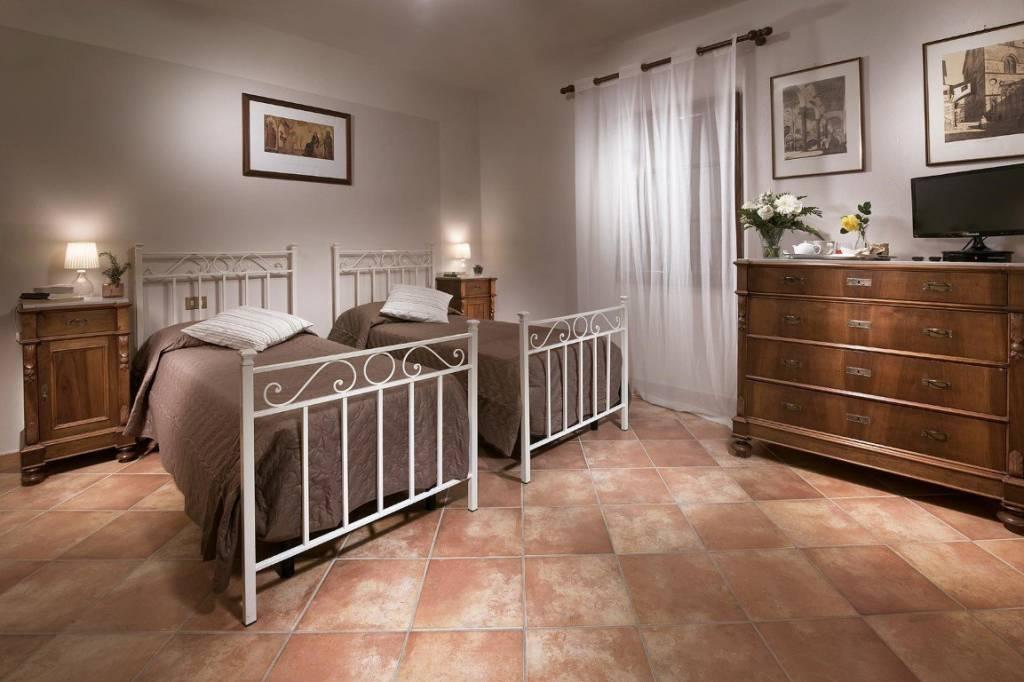 Appartamento in ottime condizioni arredato in affitto Rif. 8759325