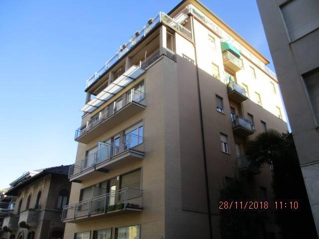 Appartamento in buone condizioni arredato in affitto Rif. 8646698