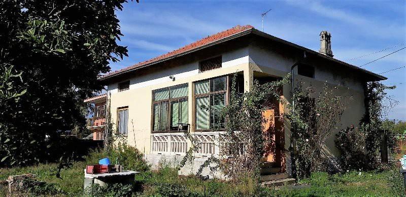 Villa in buone condizioni in vendita Rif. 8775503