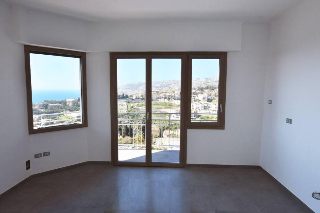 Appartamento 6 locali in vendita a Sanremo (IM)