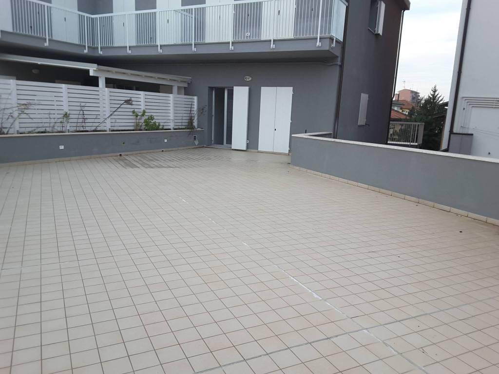 Appartamento in Vendita a Ravenna Semicentro: 3 locali, 138 mq