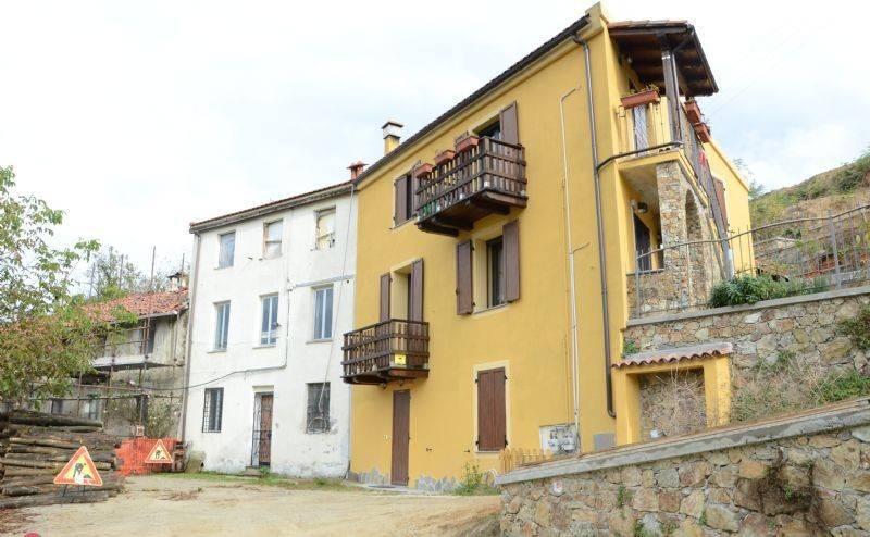 Foto 1 di Rustico / Casale Località La Vera, Altare