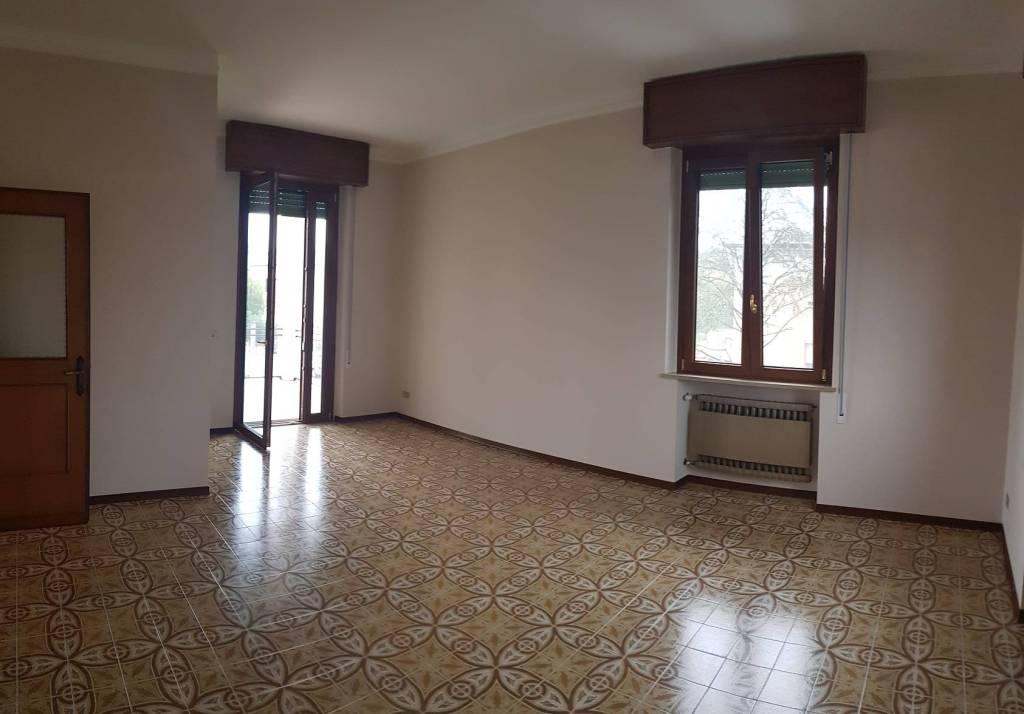 Villa in ottime condizioni in affitto Rif. 8775932