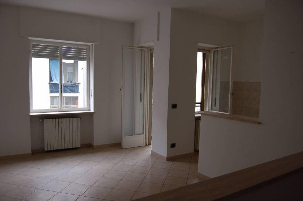 Appartamento in ottime condizioni in affitto Rif. 8775387