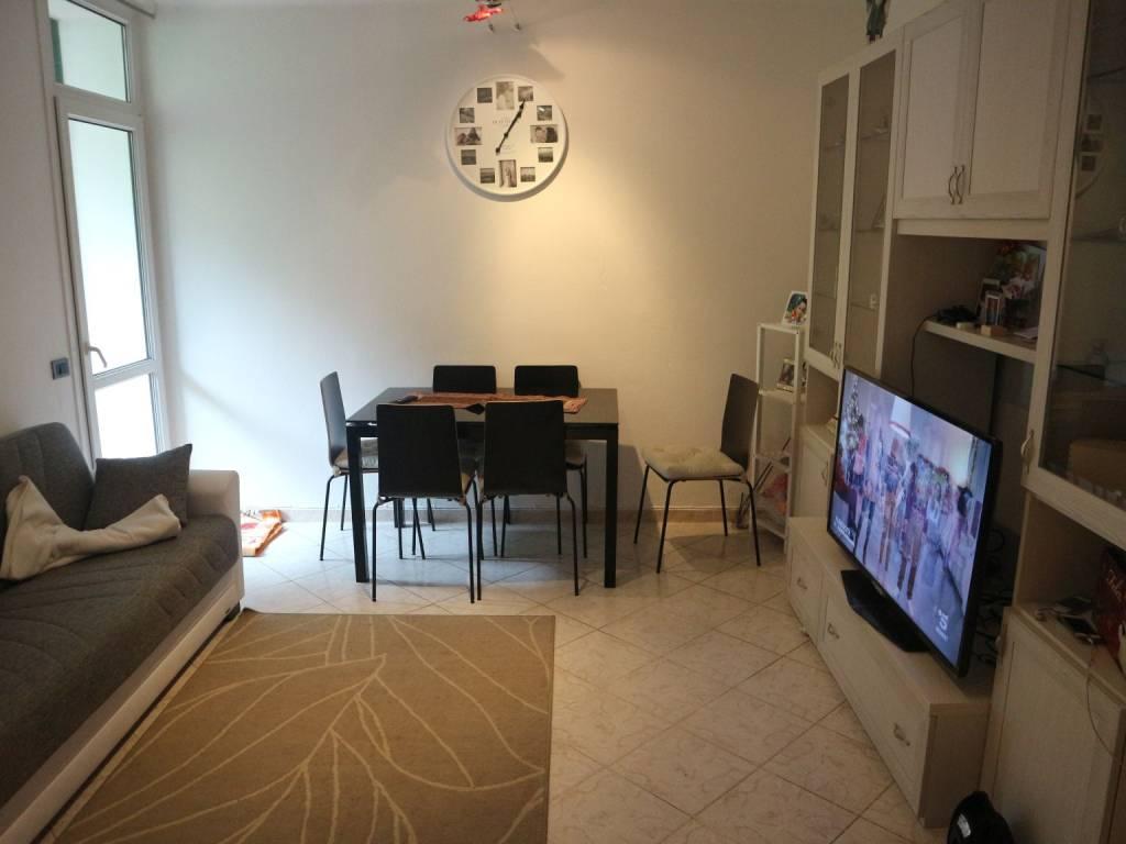 Appartamento in ottime condizioni in vendita Rif. 8774996