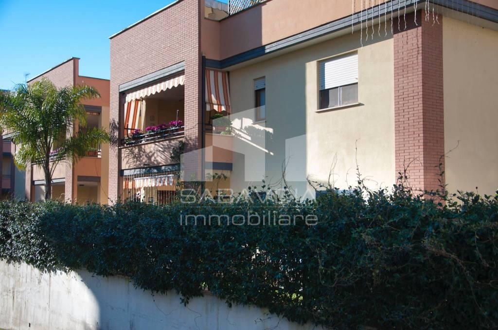Appartamento in ottime condizioni in vendita Rif. 8774184