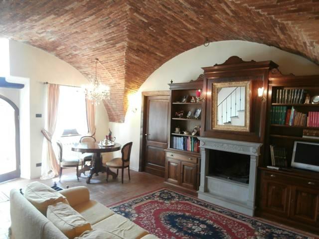 Casa indipendente in Affitto a Magione: 4 locali, 150 mq