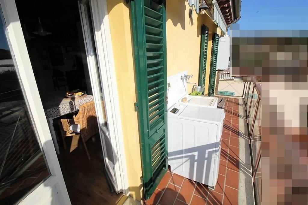 Appartamento in ottime condizioni parzialmente arredato in vendita Rif. 8776257