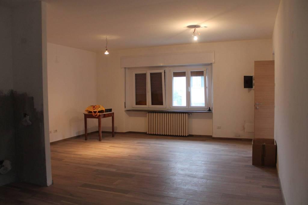 Appartamento in ottime condizioni in vendita Rif. 8774228